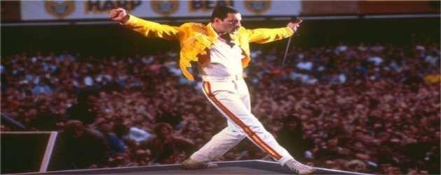 Invia 'Queen: Freddie Mercury' ad un amico